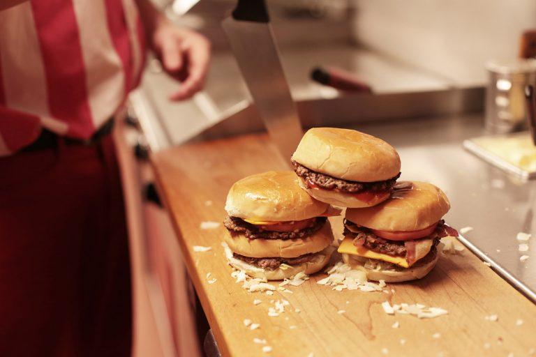 Burger-cantine-Ben